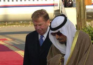 Symbol českých multikulturalistů, Václav Havel, měl rád bombardování