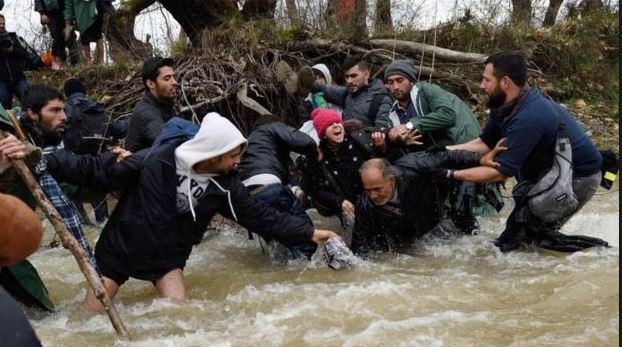 Kdo je skutečně zodpovědný za životy migrantů?