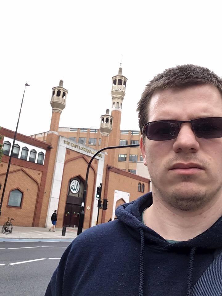 autor výzvy muslimům