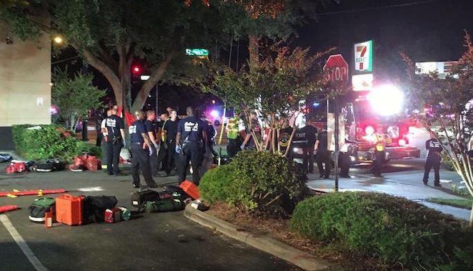 TERORISMUS: 50 mrtvých v gay klubu na Floridě