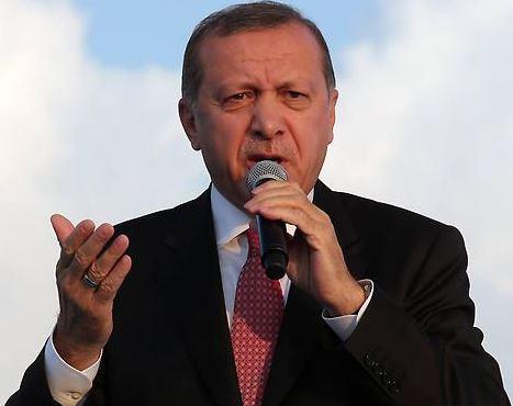 Erdogan přislíbil uprchlíkům turecké občanství