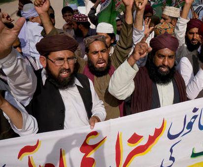 Křesťanovi v Pákistánu hrozí trest smrti za básničku, kterou prý uráží islám