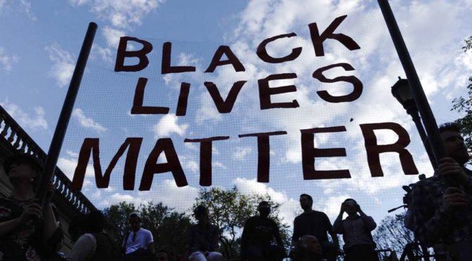 800 milionů od Sorose. Rasistům z Black Lives Matter tečou obrovské sumy