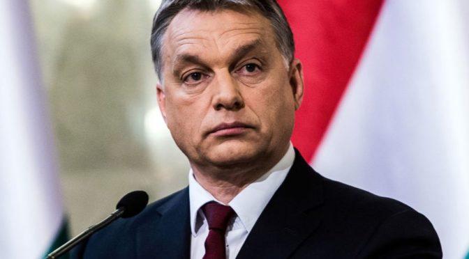 Orbánova politika vůči EU je nejrozumnější možné řešení. Komise neví, co s ním