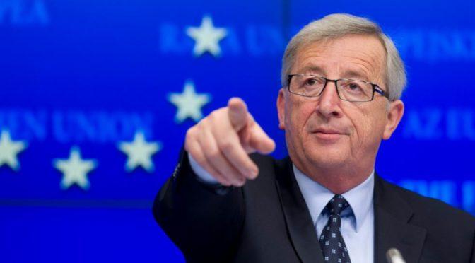 Jean-Claude Juncker označil Castra za hrdinu