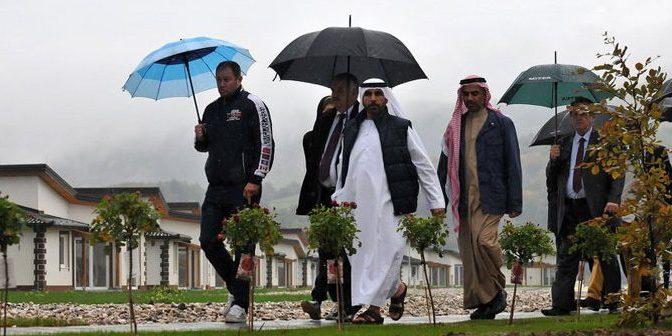 Bosenský emirát? Sunnitští muslimové nakupují a staví na Balkáně