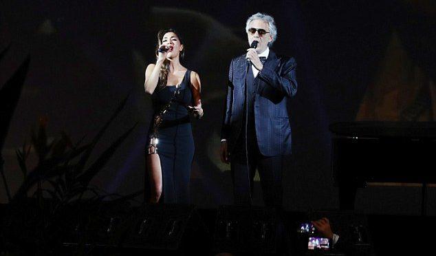 Andrea Bocelli se bojí výhrůžek příznivců demokratů. Nevystoupí na inauguraci Trumpa