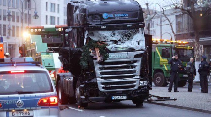 Pozůstalí z útoku v Berlíně dostali účet za ohledání těl dříve než kondolenci
