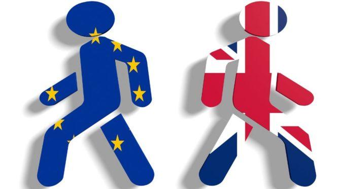 """Cameron v kampani před referendem sliboval """"reformovanou EU."""" Rok poté se nic neděje"""