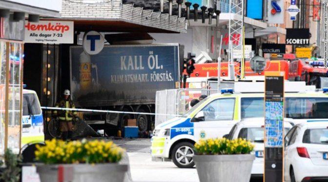 Reakce Švédů na terorismus ve Stockholmu: obavy z xenofobie a slova o sjednocení