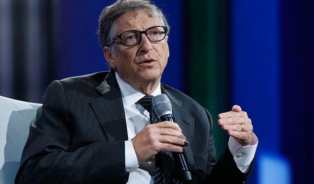 Bill Gates zkritizoval migrační poliiku EU. Její štědrost prohlubuje krizi, řekl