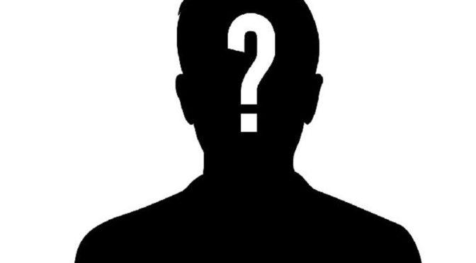 Česká média nezveřejnila identitu včerejšího útočníka, který v Paříži najel na vojáky