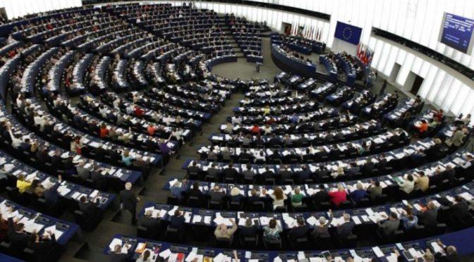 EU bude z veřejných peněz ovlivňovat volby do europarlamentu