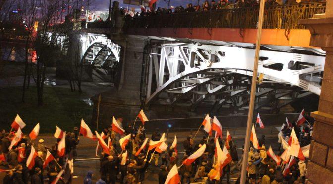 FOTO, VIDEO: Marsz 2017! Desítky tisíc polských vlastenců na velkolepém pochodu Varšavou