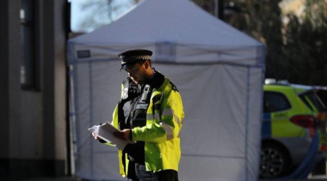 Londýn: Nejvíce vražd za posledních 10 let, každý týden 4 útoky kyselinou